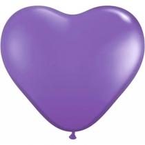 Lila hjärteballonger
